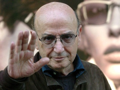 Theo Angelopoulos.jpg