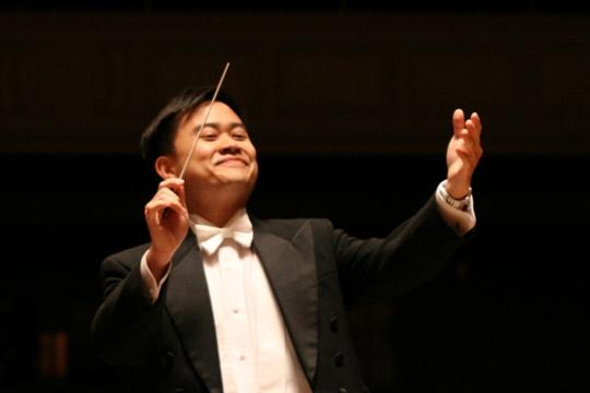 2Channing_Yu_conductor.jpg