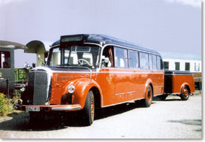 exhibitionist bus