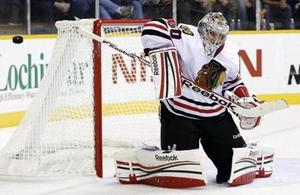 corey crawford blackhawks.jpg
