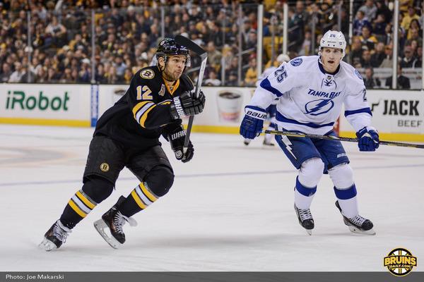 2013-11-11-Bruins-vs-Leafs-43.jpg