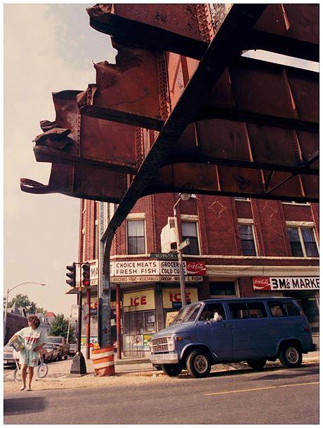 http://archive.boston.com/blogs/yourtown/boston/dirty-old-boston/assets_c/2013/07/Blog%201-thumb-460x610-109022.jpg