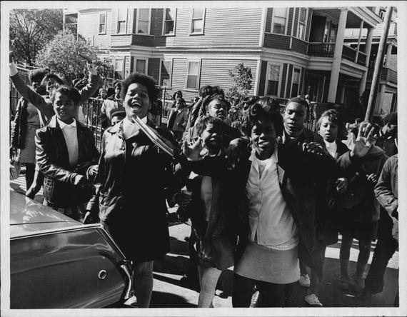 MLKStudents1968PressPhoto.JPG