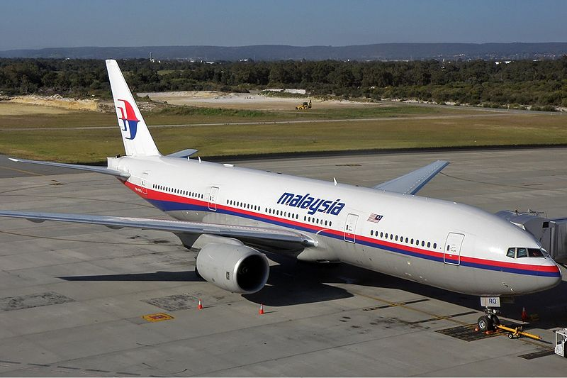 800px-Malaysia_Airlines_Boeing_777-200ER_PER_Koch-1.jpg