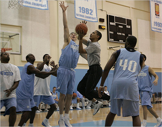 obama%20basketball.jpg
