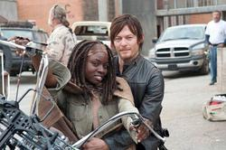 640px-Michonne_and_Daryl_on_a_motorcycle.JPG