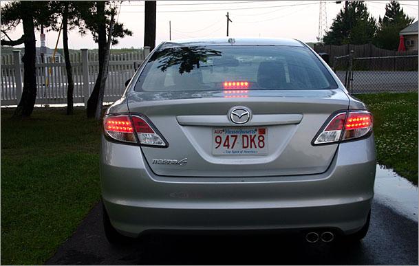 2009-Mazda-6-rear.jpg
