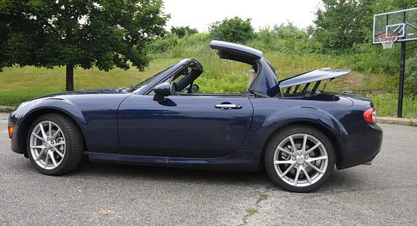 2009 Mazda Miata Side Closing