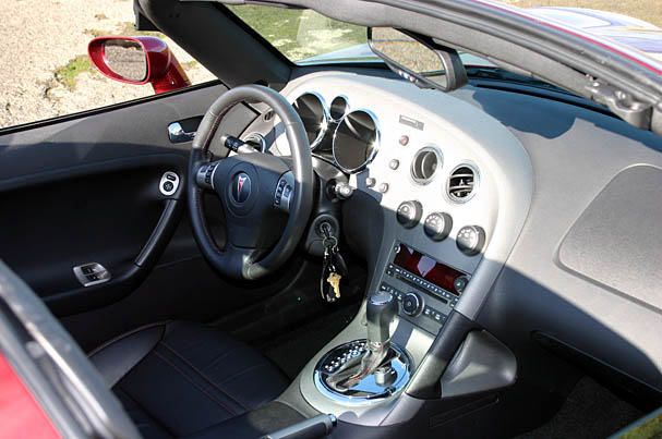 2009 Pontiac Solstice Coupe Time S Up For Fun Awkward