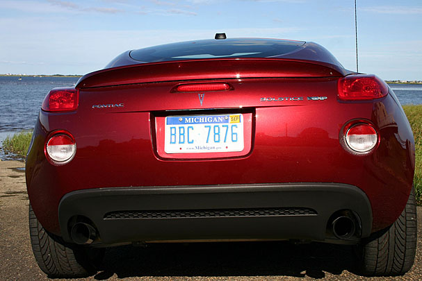 2009-Pontiac-Solstice-Coupe-rear.jpg