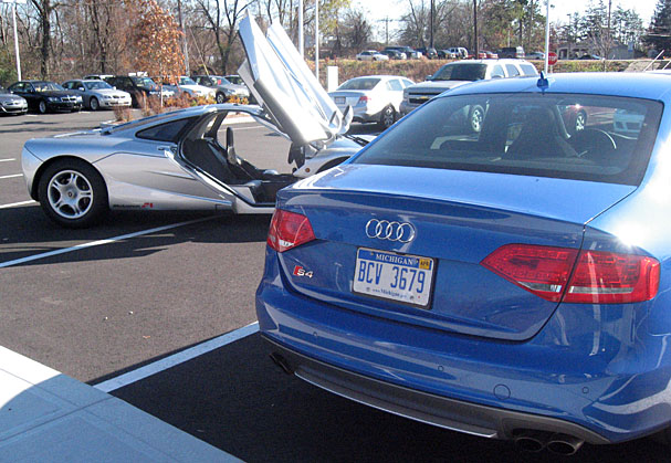 2010-Audi-S4-rear.jpg
