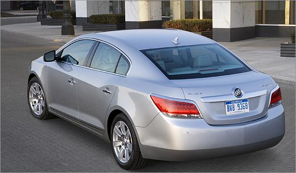 2010-Buick-LaCrosse-4-cylinder.jpg