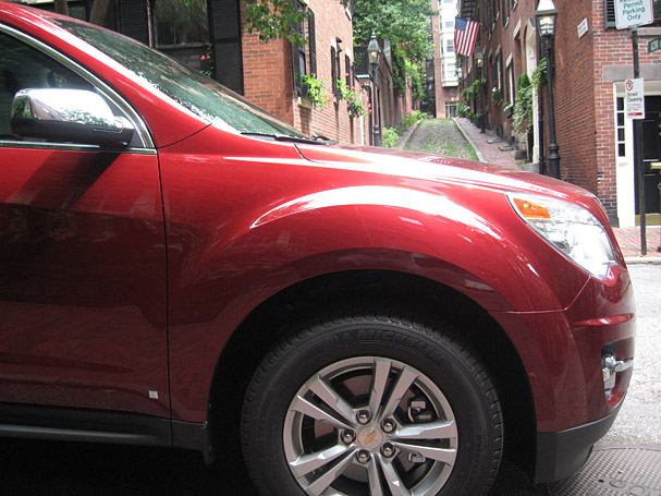 2010-Chevrolet-Equinox-beacon-hill-2.jpg