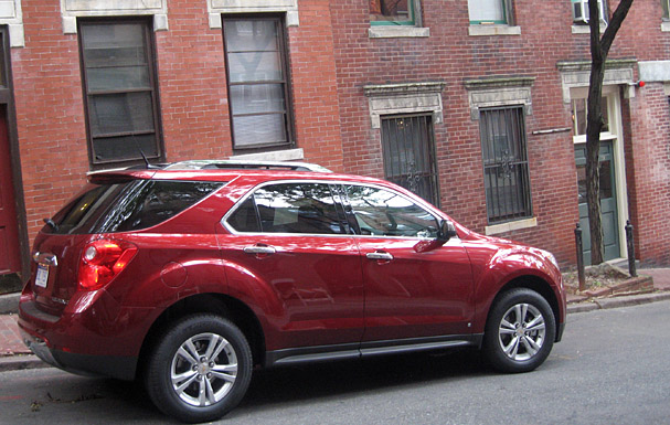 2010-Chevrolet-Equinox-rear.jpg