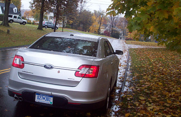 2010 Ford Taurus Loving That Butt And Most Everything