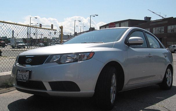 2010-Kia-Forte-front.jpg