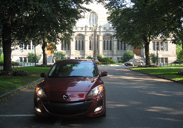 2010 mazda 3 a hatchback standout boston overdrive. Black Bedroom Furniture Sets. Home Design Ideas