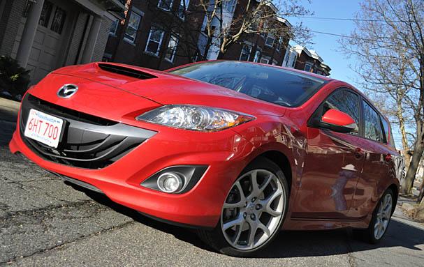 2010-Mazdaspeed 3-front.jpg