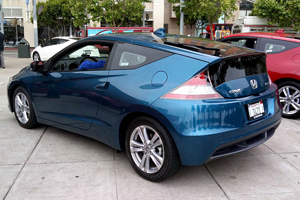 2011-Honda-CR-Z-rear.jpg