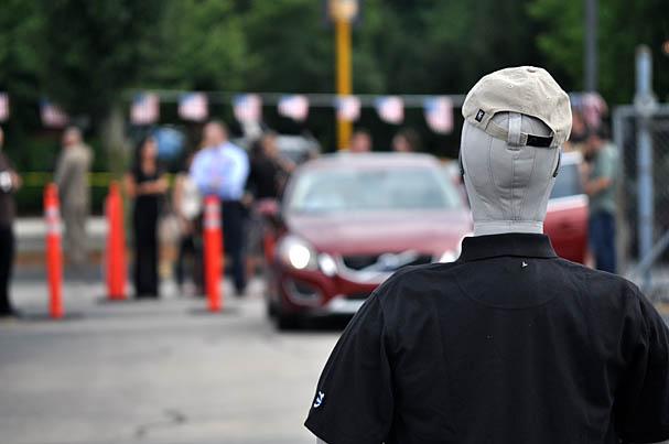 2011-Volvo-S60-pedestrian-detection.jpg