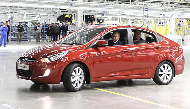 2012-Hyundai-Accent-Russia-Putin.jpg
