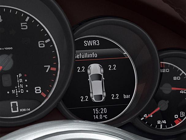 2011-Porsche-Cayenne-Turbo-lcd-gauge.jpg