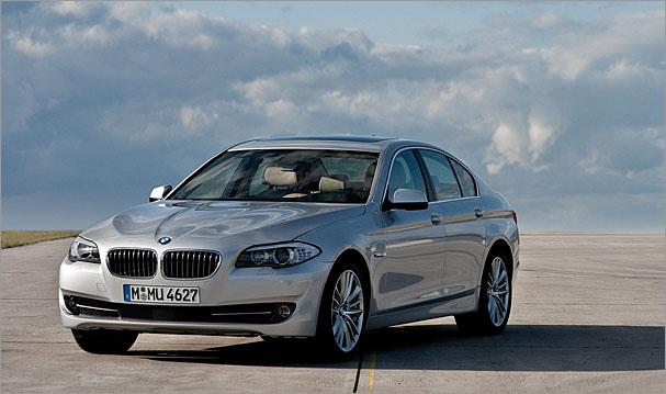 2011-BMW-550i.jpg