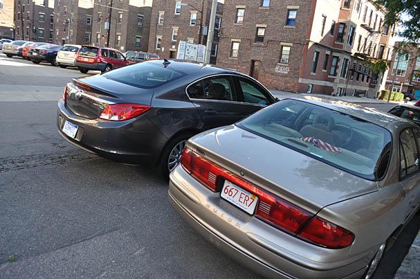 2011-Buick-Regal-rear.jpg