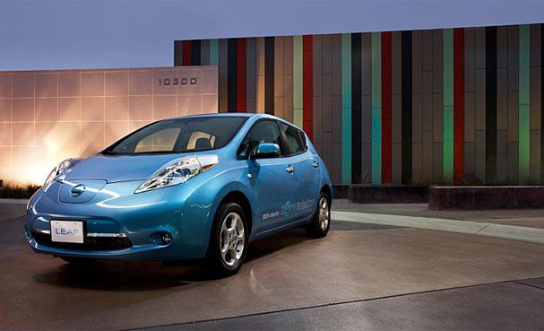 2011-Nissan-Leaf.jpg