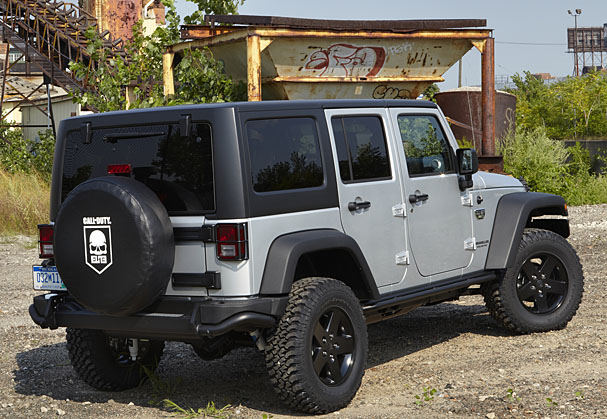 Jeep-MW3-Special-Edition-rear.jpg