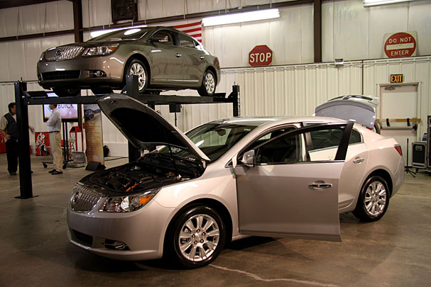 2012-Buick-LaCrosse-eAssist.jpg