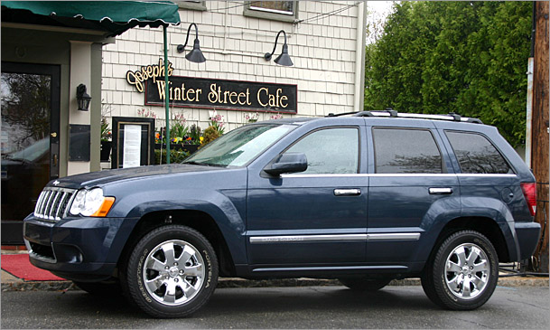 Grand-Cherokee-outside.jpg