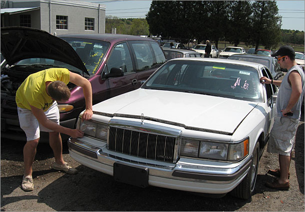 Helping Hands Of America >> Searching For That New Wreck Smell Boston Overdrive Boston Com