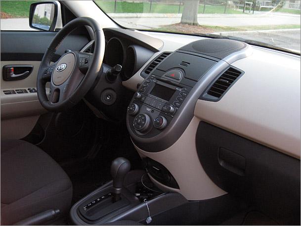 KiaSoul-interior.jpg
