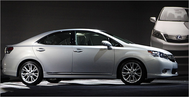 LexusHS-609.jpg