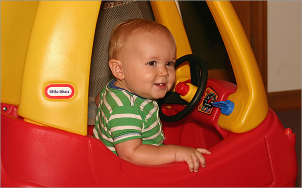 Little-Tikes-Cozy-Coupe.jpg