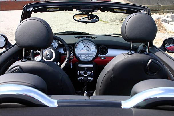 Mini_interior.jpg