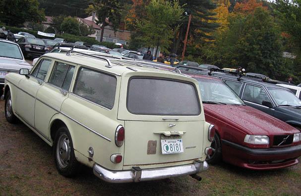 Volvo-122-wagon.jpg