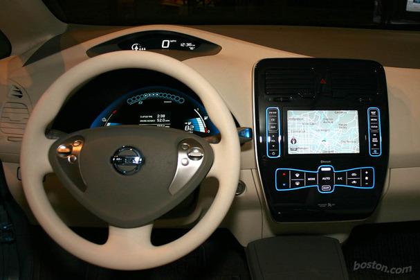 Nissan-Leaf-Boston-interior.jpg