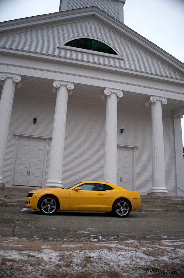 2010-Chevrolet-Camaro-RS.jpg