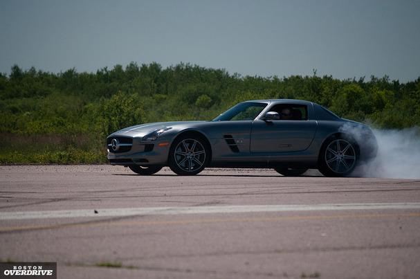 2011-Mercedes-SLS_AMG.jpg