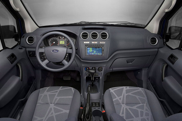 2010-Ford-Transit-Connect-interior.jpg