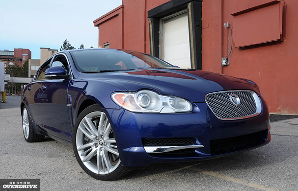 2010-Jaguar-XF-Supercharged-front.jpg