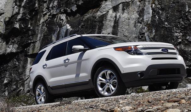 2011-Ford-Explorer-front.jpg