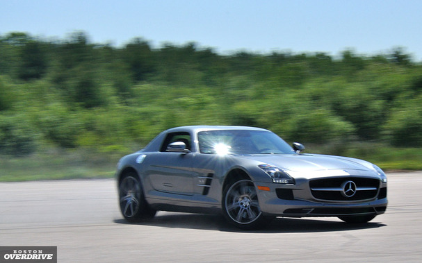 Mercedes-SLS-AMG-boston-slide.jpg