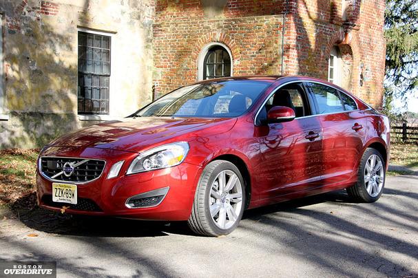 2011-Volvo-S60-front-2.jpg