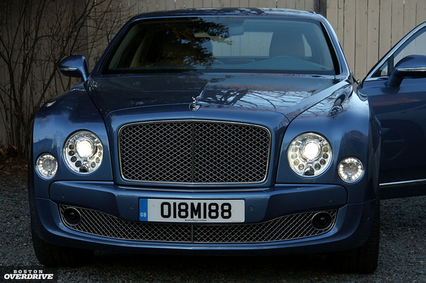 2011-Bentley-Mulsanne-front.jpg