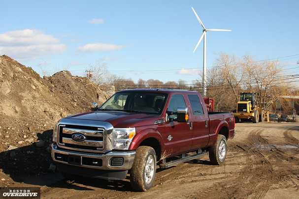 2011-Ford-F-350-front.jpg