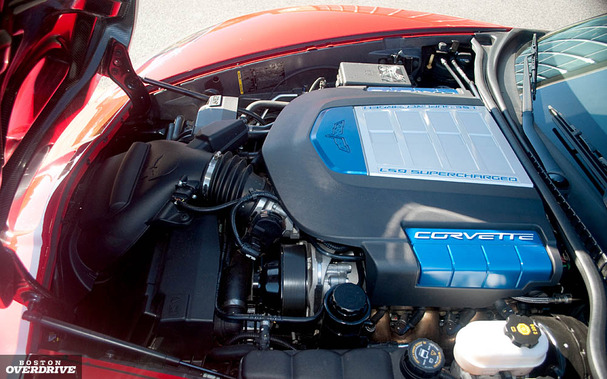 2011-Chevrolet-Corvette-ZR1-engine.jpg