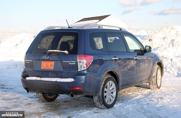 2011-Subaru-Forester-rear.jpg